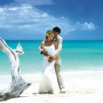 Как сделать секс в медовый месяц незабываемым