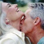 Секс и старение: как сохранить с возрастом огонь страсти